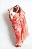 smokingowa indyjska krajowa kobieta Obrazy Royalty Free