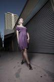 smokingowa purpurowa kobieta Zdjęcia Royalty Free