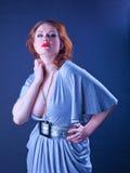 smokingowej dziewczyny szara warg portreta czerwień Fotografia Stock