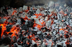 Smoldering coals Royalty Free Stock Photos