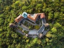 Smolenice-Schloss, Slowakei lizenzfreie stockfotos