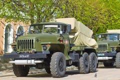 SMOLENSK ROSJA, MAJ, - 03, 2018: Militarny wyposażenie przed Fotografia Stock