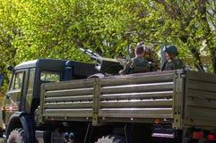 SMOLENSK, RUSSIA - 3 MAGGIO 2018: Attrezzatura militare davanti a Immagine Stock