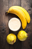 Smoothie банана и груши Стоковые Изображения