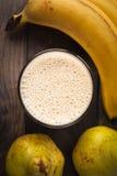 Smoothie банана и груши Стоковые Фото