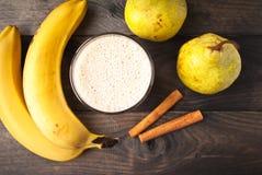 Smoothie банана и груши Стоковая Фотография