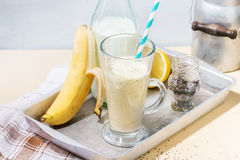 Smoothie банана молока Стоковые Изображения