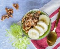 Smoothie грецкого ореха банана Стоковая Фотография RF