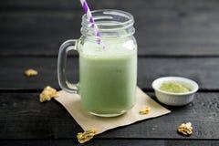 Smoothie зеленого чая Matcha Стоковые Фото
