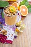 Smoothie тыквы с granola на верхней части Стоковое Изображение