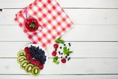 Smoothie ягоды лето коктеила свежее Стоковое Изображение