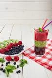 Smoothie ягоды лето коктеила свежее Стоковое Фото