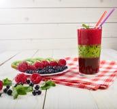 Smoothie ягоды лето коктеила свежее Стоковые Изображения RF