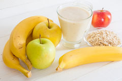 Smoothie with apple,banana, yogurt and oatmealon Royalty Free Stock Photography