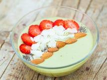 Smoothie bowl matcha vegan Royalty Free Stock Images