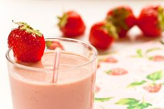 Smoothie da morango Fotografia de Stock Royalty Free