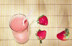 Smoothie de fraise Photos stock