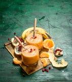 Smoothie de la fruta fresca imagen de archivo