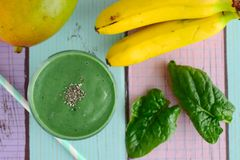 Smoothie de vert de Spirulina Photographie stock