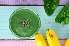 Smoothie de vert de Spirulina images stock