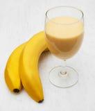 Smoothie del plátano Imágenes de archivo libres de regalías