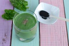 Smoothie del verde de Spirulina Imagen de archivo