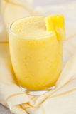 Smoothie dell'ananas della banana Fotografia Stock