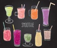 Smoothie eingestellt auf Tafel Gesunde Nahrung elemente Stockbilder
