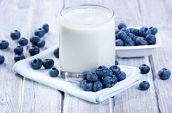 Smoothie with fresh blueberries Stock Photography