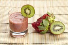 Smoothie of kiwi and strawberry Royalty Free Stock Photos