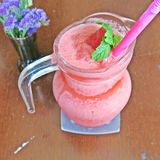 Smoothie mélangé de fraise Photo libre de droits