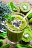 Smoothie végétal vert Images stock