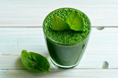 Smoothie verde fotografia de stock royalty free