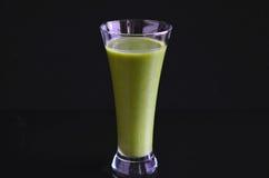 Smoothie verde Imagens de Stock Royalty Free