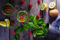Smoothie verde fotografia de stock royalty free