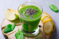 Smoothie verde, bebida sana Foto de archivo