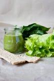 Smoothie verde sano Fotos de archivo libres de regalías