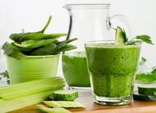 Smoothie verde sano Imagen de archivo
