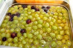 Smoothiefrukt Uppsättningen av fruktefterrätten för gör en smoothie Fruktsafter för nya frukter på marknaden Arkivfoto