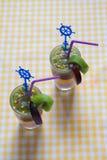 Smoothies bicolores de la fruta fresca Imagen de archivo libre de regalías