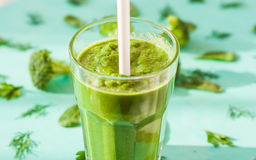 Smoothies broccoli, spinach, vegetable diet, detoxification concept Royalty Free Stock Photography