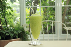 Smoothies d'Apple photographie stock