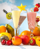 Smoothies da fruta Imagem de Stock Royalty Free