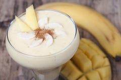 Smoothies of mango and banana with yogurt Stock Photography