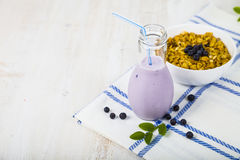 Smoothies,muesli And Ripe Blueberries Stock Photography