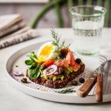 Smorrebrod, sanduíche aberto do dinamarquês fotografia de stock