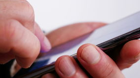 Sms di scrittura sul telefono cellulare 4 K archivi video