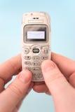 SMS - Messaggi tramite il telefono immagini stock