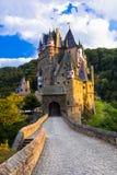 Småstad Eltz - en av de mest härliga slottarna av Europa germany Royaltyfria Foton