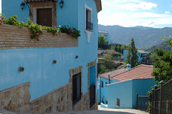 Smurf stad, Juzcar i Ronda, Spanien Royaltyfria Bilder